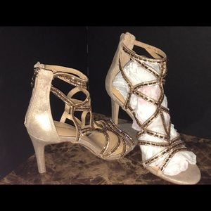 Gold/copper glitter shoes
